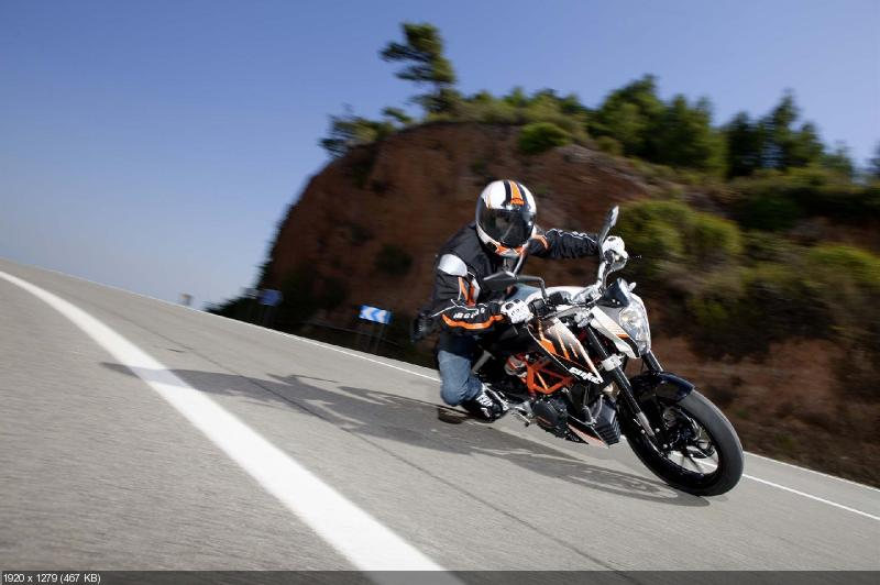 Качественные фотографии мотоцикла KTM 390 Duke 2013