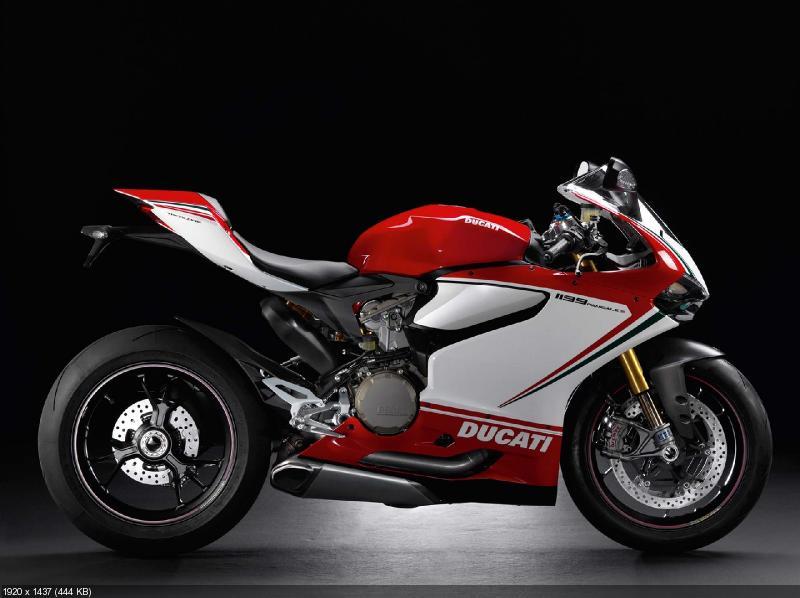 История спортбайка Ducati в фотографиях