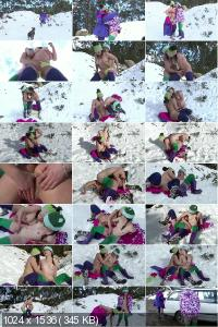 Frances And Rosie - Snow Bunnies (2013) HD 720p