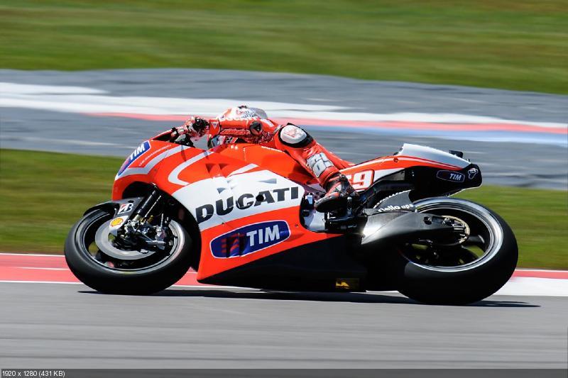 Фотографии Ducati Desmosedici GP13