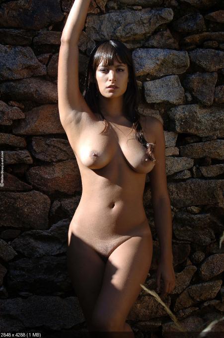 Laura Posada Nude Pics 81