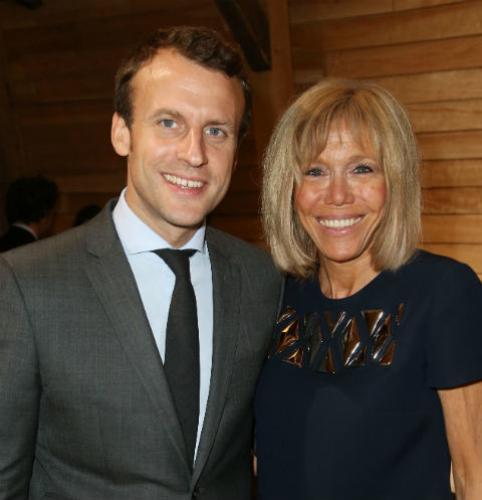 Семья нового президента Франции: мезальянс, тайная любовь и семеро внуков